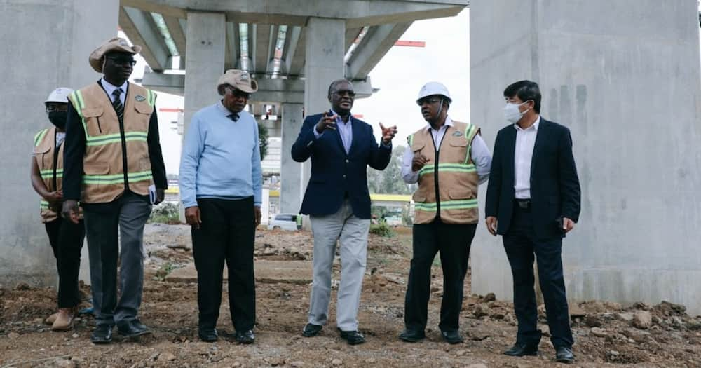 Transport CS James Macharia (third right) said the Nairobi Expressway would be complete in 2022.