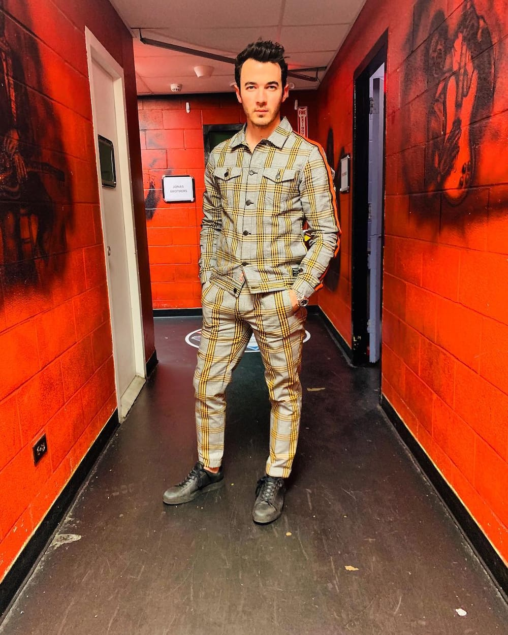What is Kevin Jonas net worth?