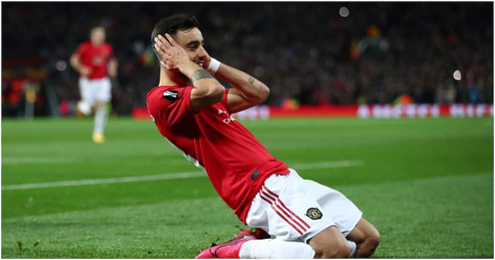 Bruno Fernandes celebrates after scoring for Man United. Photo: Getty Images.