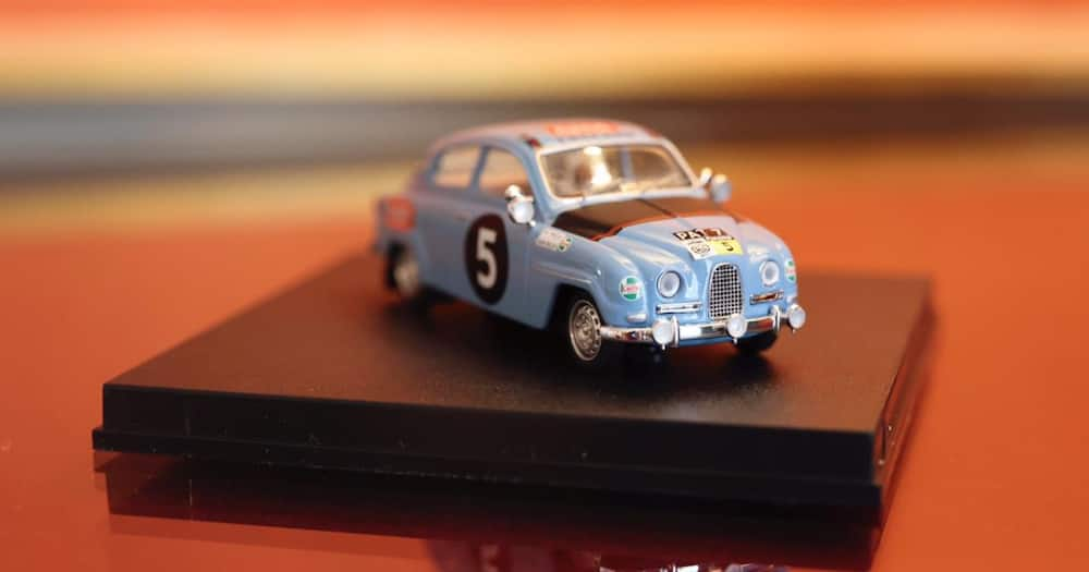 Boris Johnson gave Uhuru the present for the success of the WRC.