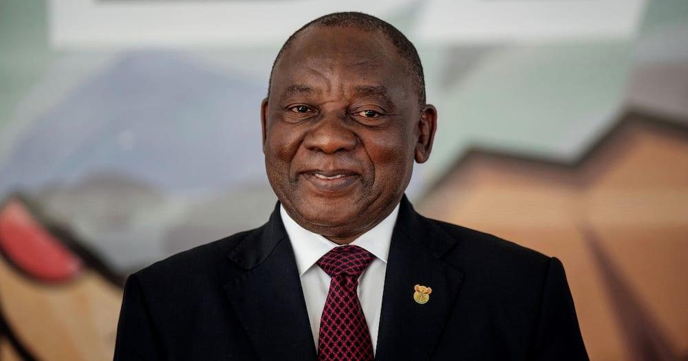 President Cyril Ramphosa, missing iPad, confusion, panic, twitter reaction