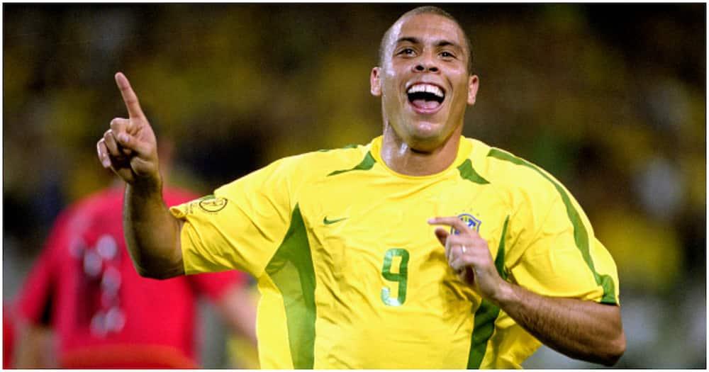 Neymar sends Ronaldo class message after he overtook legendary striker's Brazil goal tally