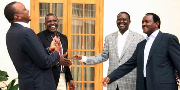 Khalwale asema Raila, Kalonzo wanalenga kutafuta uungwaji mkono wa Uhuru kuwania kiti cha urais 2022