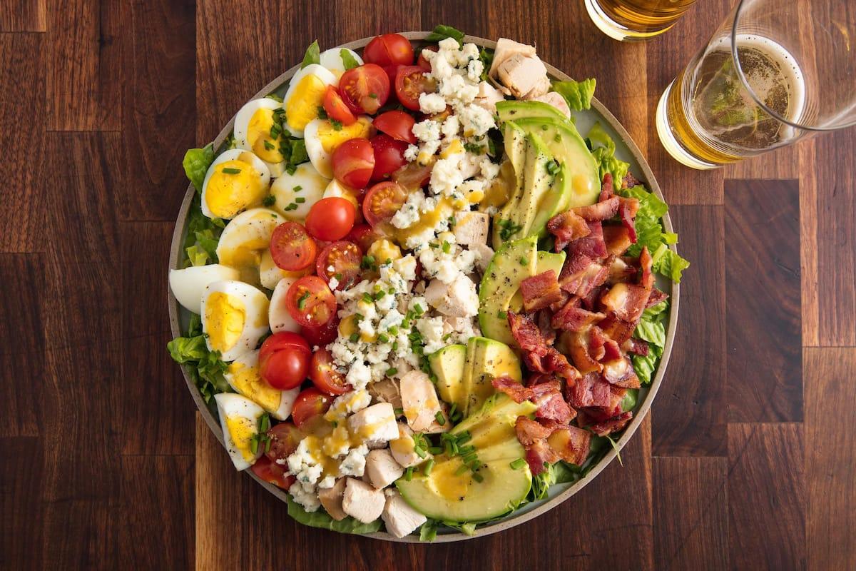 8 tasty salad recipes with avocado