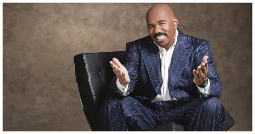 Steve Harvey: Comedian to host Earth, Wind and Fire, The Isley Brothers' Verzuz