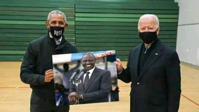 Fact Check: Photo Showing Joe Biden, Obama Holding a Portrait of William Ruto Is Fake