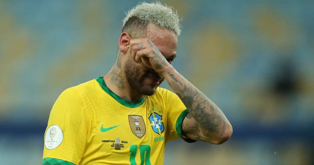 Neymar reacts after Brazil's Copa America defeat. Photo by Alexandre Schneider.