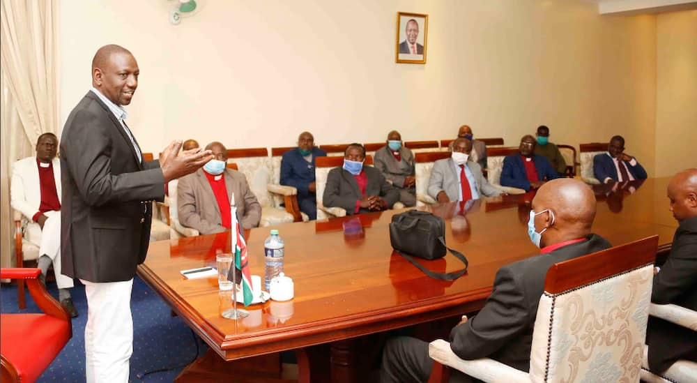 William Ruto meets religious leaders, wants reopening of churches expedited