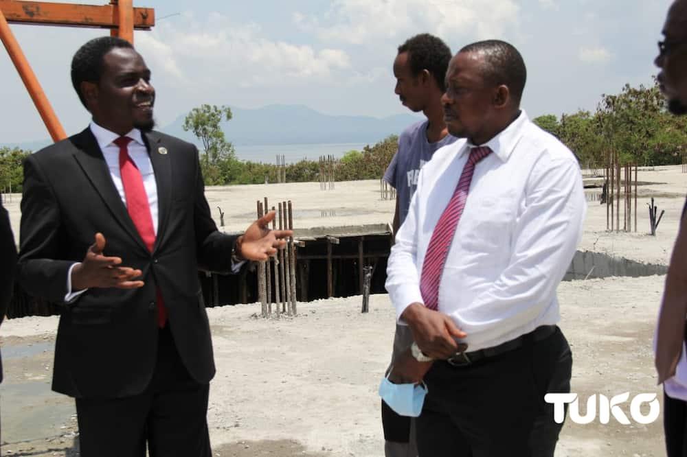 """Suti ya Nelson Havi yazua gumzo kubwa mtandaoni: """"Ni ya wazee wa jamii ya Maragoli"""""""