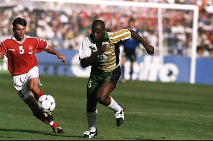 Ex-Premier League and top African striker dies at age 49
