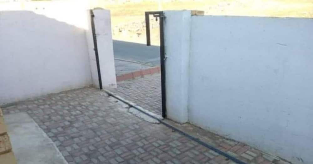 Woman wakes up to find her gate has been stolen, Mzansi reacts
