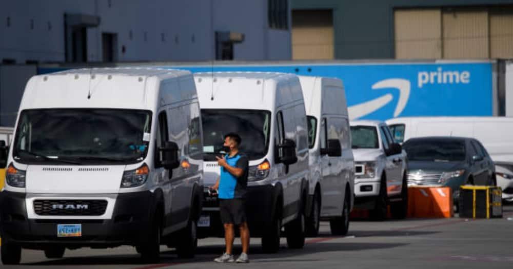 World's wealthiest man Jeff Bezos stepping down as Amazon CEO