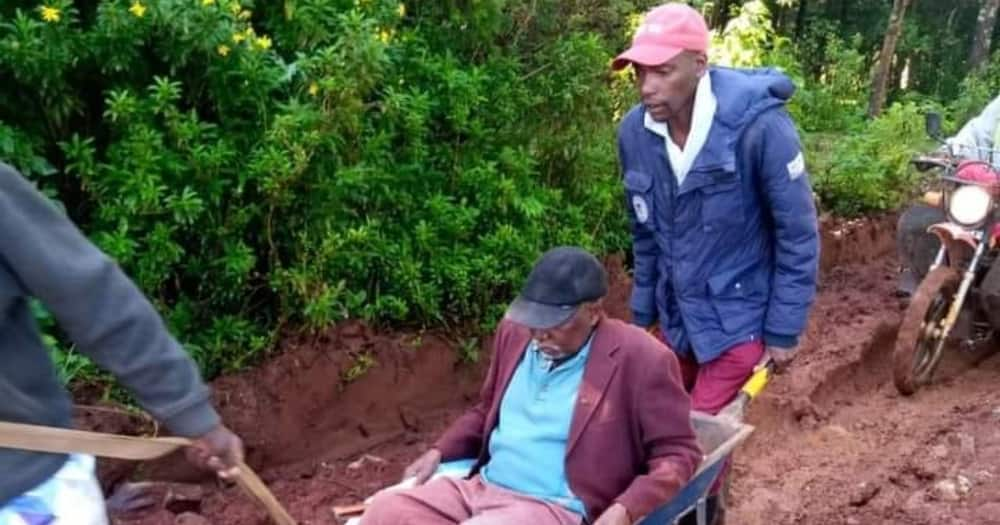 Nyandarua: Elderly man dies on wheelbarrow on his way to hospital