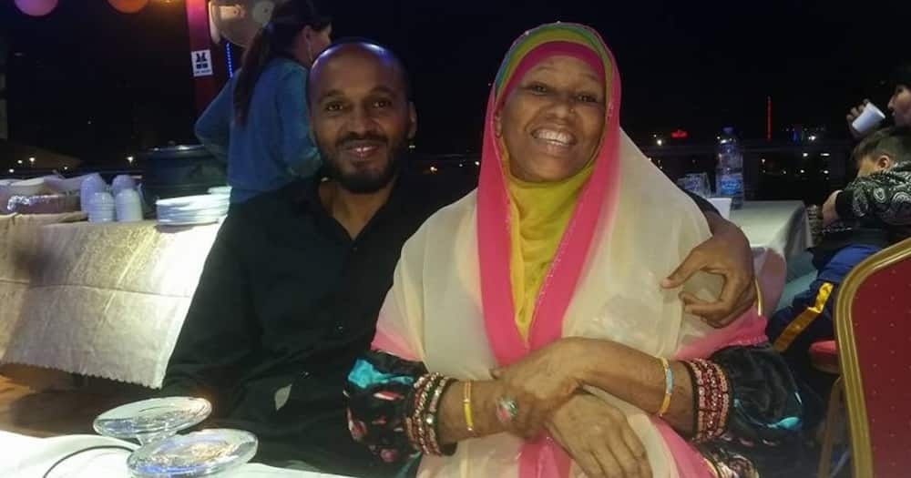 Ahmed Darwesh's Brother Khamis Posts Emotional Poem Dedicated to Late Mother
