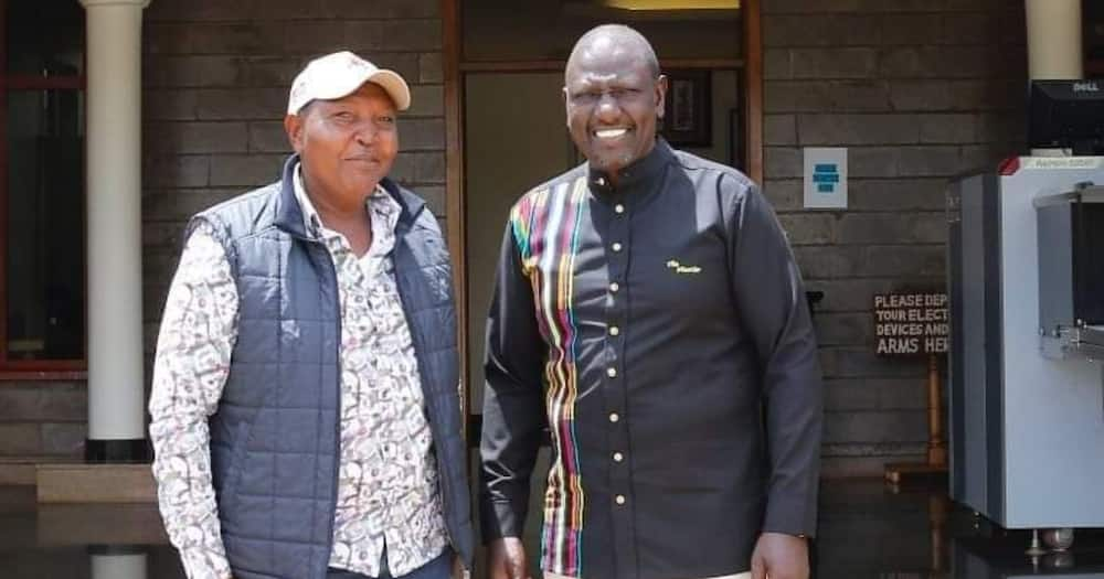 William Ruto (right) has hinted at decamping to UDA.