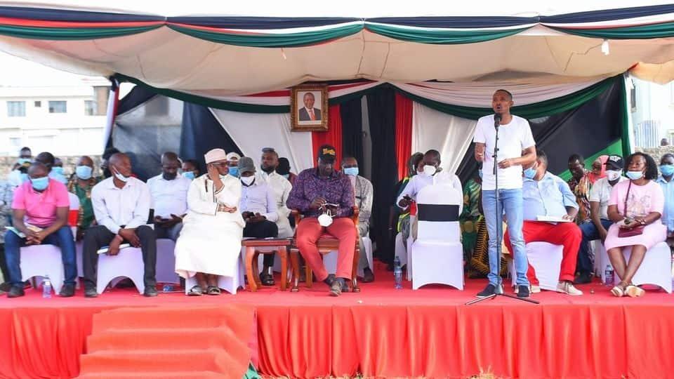 Ruto amchezea Rais Uhuru rafu ya wazi Mombasa