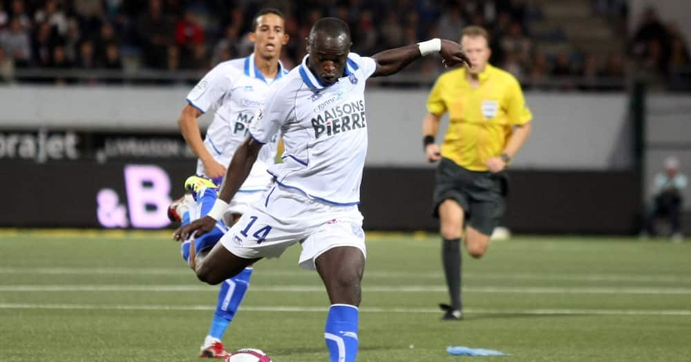 Dennis Oliech: French Ligue 1 Celebrates Harambee Stars Legend in Delightful Madaraka Day Post