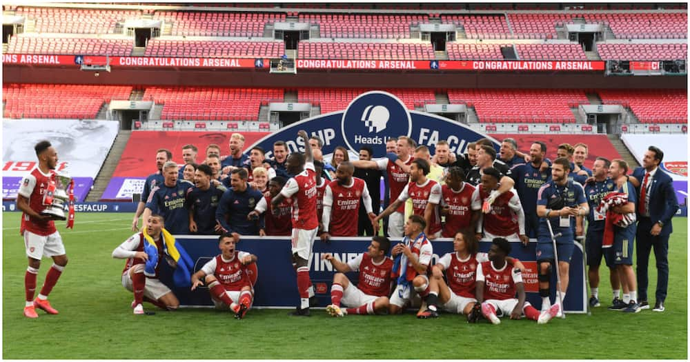 Pierre-Emerick Aubameyang: Arsenal FA Cup hero drops trophy during wild celebrations