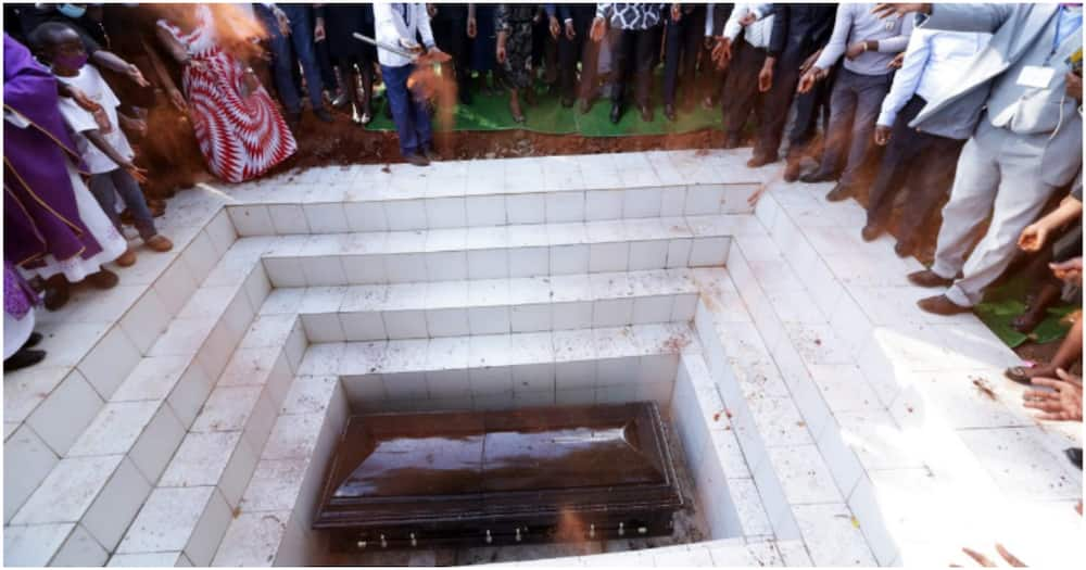 Kalembe Ndile was buried at his Kibwezi home in a ceremony that was restricted to 200 people including politicians.