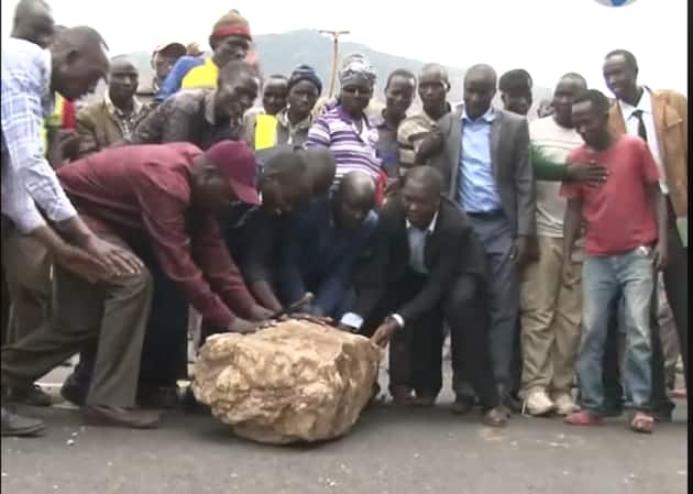 West Pokot residents protest, demand government restores governor Lonyangapuo's security