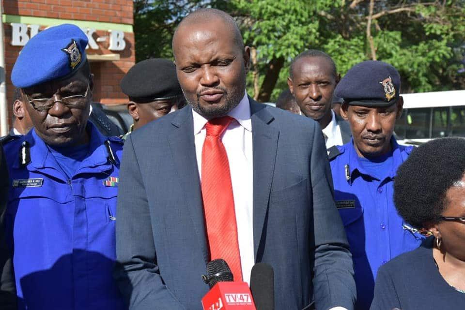 Mamlaka ni ya muda, Moses Kuria amwambia Matiang'i baada ya wanablogu kukamatwa