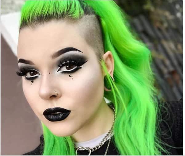 neon green hair