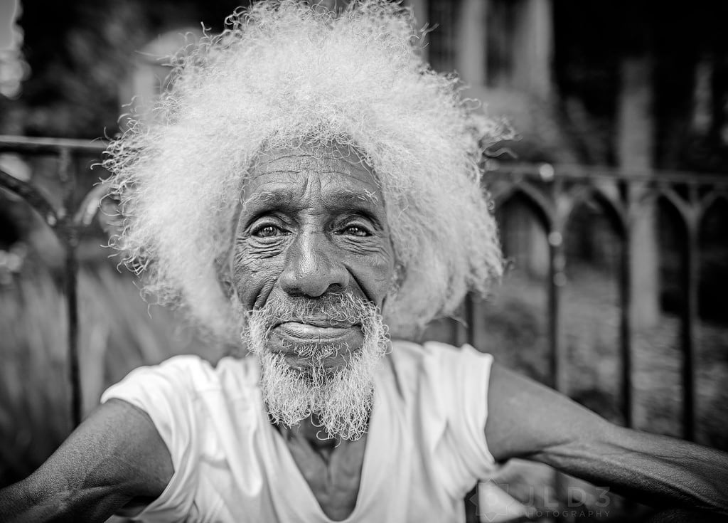 Uganda youths resort to smoking grey hair so they can grow old faster