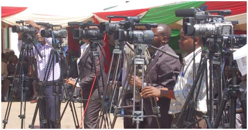 Include journalist in list of first COVID-19 vaccine beneficiaries, KUJ