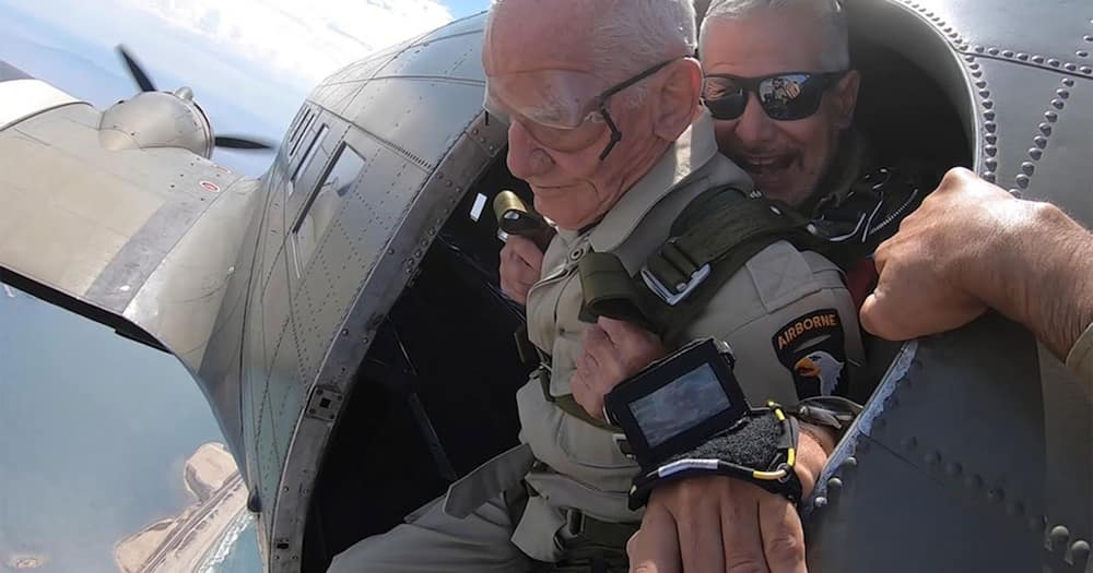 Thomas Rice jumping from a plane.
