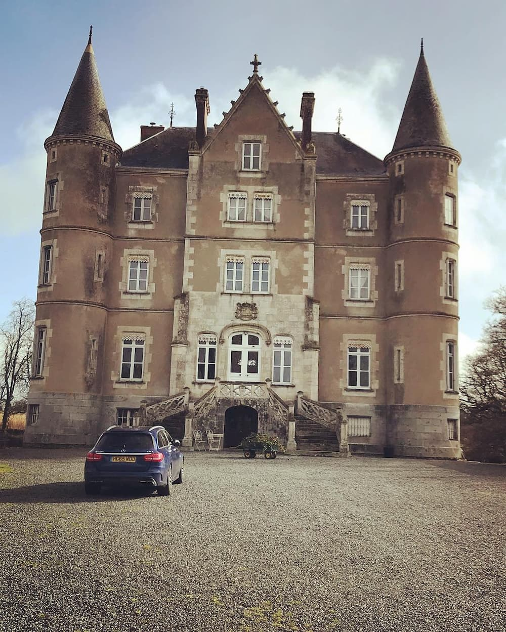 Dick Strawbridge chateau cost