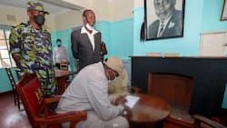 President Uhuru Kenyatta tours the house where he was conceived