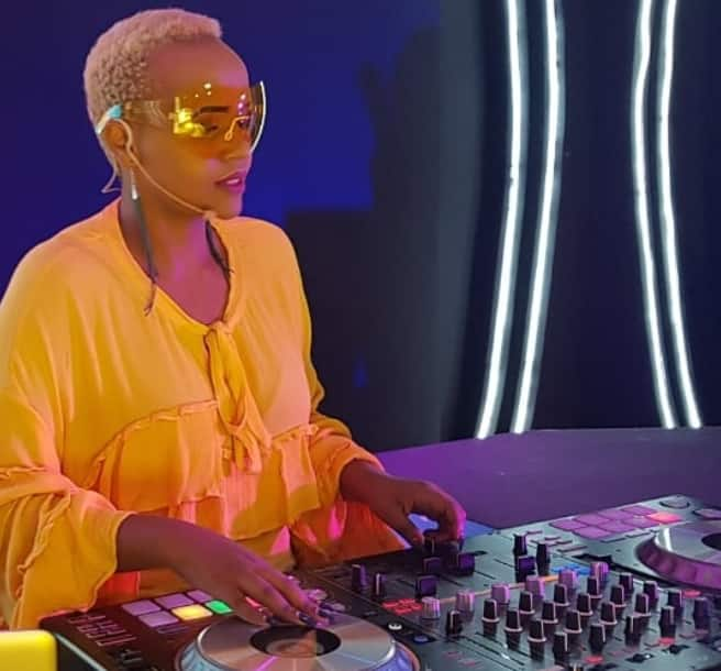 Adorable DJ Pierra Makena steps out with enticing new look