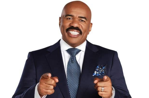 """Steve Harvey urges people not to be ashamed to pray: """"Prayer changes things"""""""