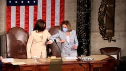 Nancy Pelosi, Kamala Harris Become First 2 Women to Stand With US President During Address to Congress