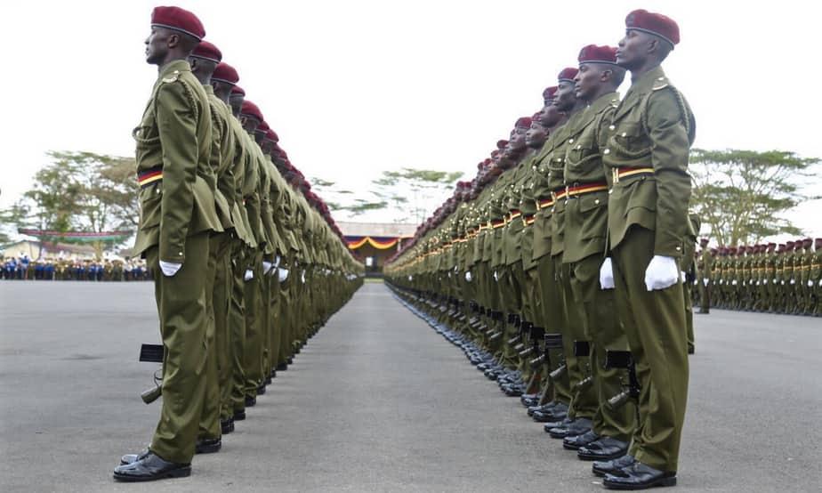 Afisa wa polisi amwandikia Uhuru waraka akilalamikia mshahara duni