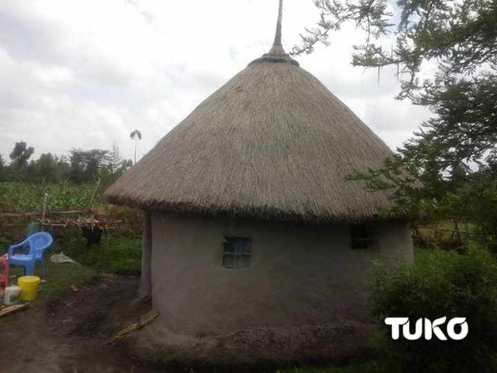 Jamaa aingia vichakani baada ya kuchimba kaburi chumbani mwake mwa kulala
