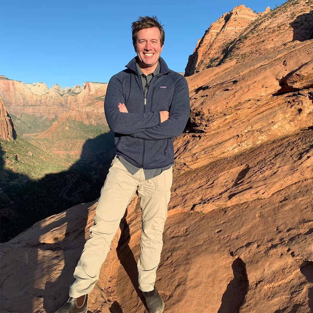 What happened to Jeff Glor? Whereabouts of former CBS Anchor