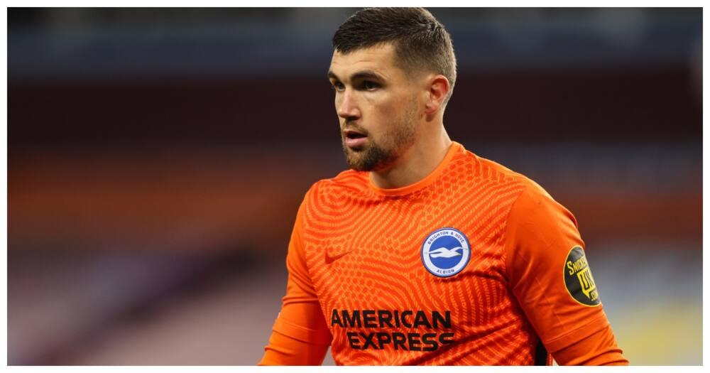 Arsenal sign Brighton goalkeeper Matt Ryan on loan for remainder of the season