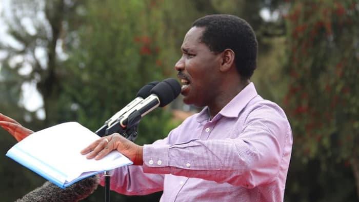 CS Peter Munya Likens William Ruto's Wheelbarrow Narrative to Wash Wash Business