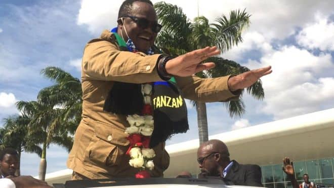 Kiongozi wa upinzani Tanzania Tundu Lissu alakiwa kwa mbwembwe