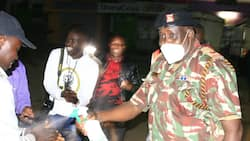 Kind police officer wins Kenyans' hearts after giving sanitisers, advice to those caught up in curfew