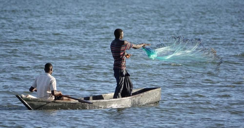 The fishermen were carrying out their activities at Litare beach in Rusinga when they came across the explosives.