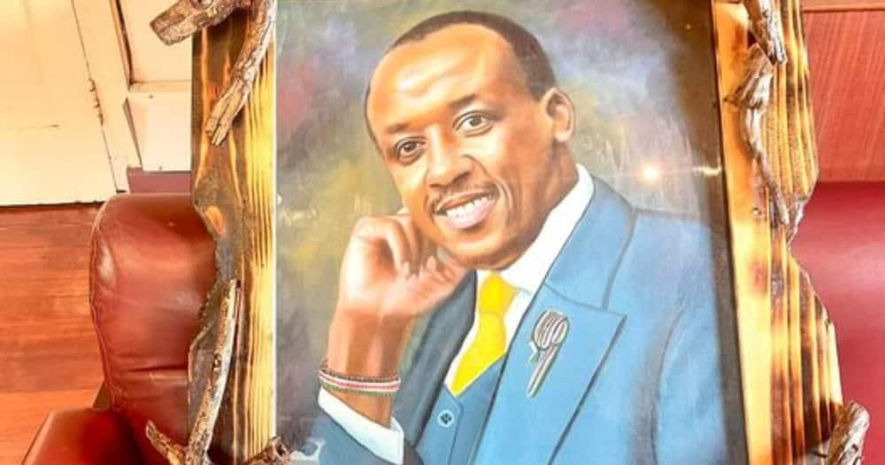 Mutula Kilonzo Jnr était content du potrait.