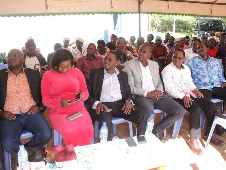 Wabunge wa Ukambani wamshinikiza Raila kuomba msamaha, wawashutumu magavana wao