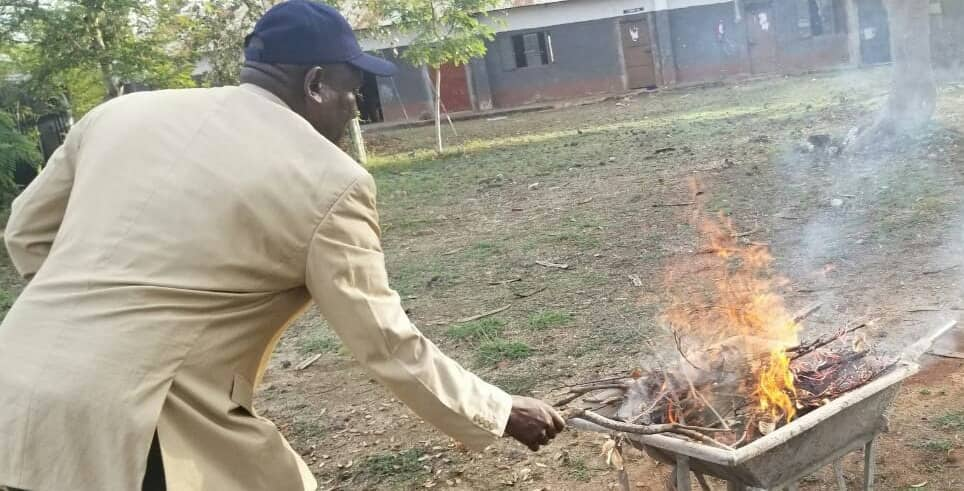 7 smartphones recovered from KCSE candidates in Kibwezi, burnt to ashes