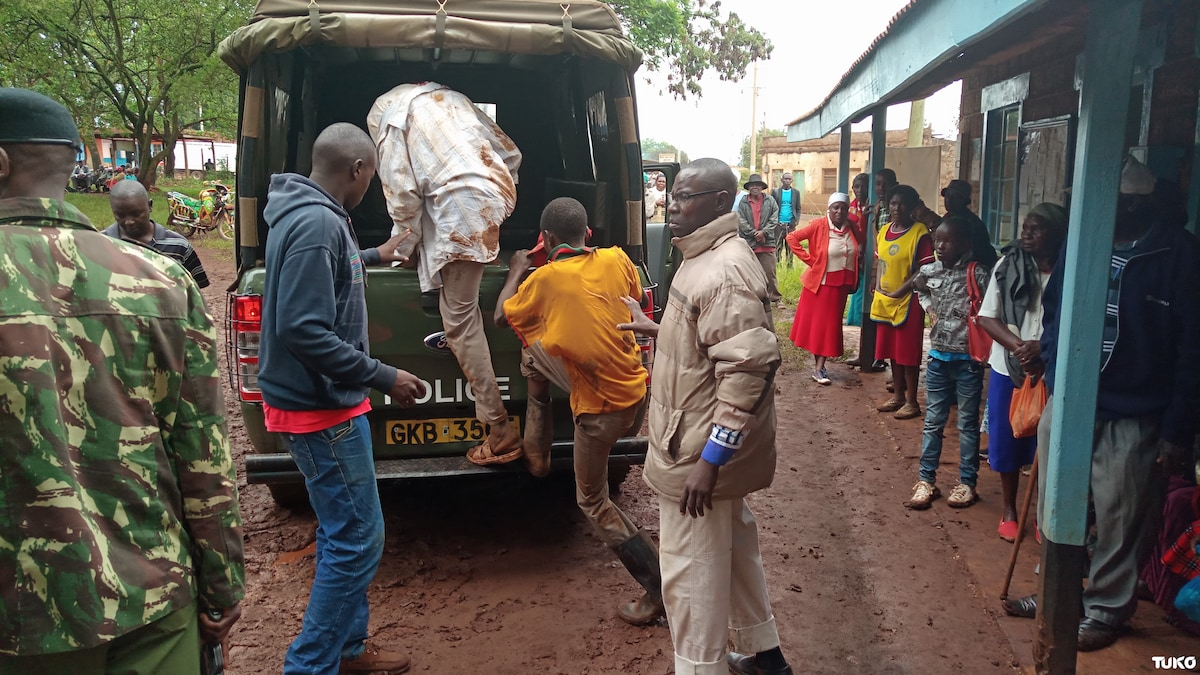 Murang'a police rescue two notorious thieves who are brothers from jaws of death