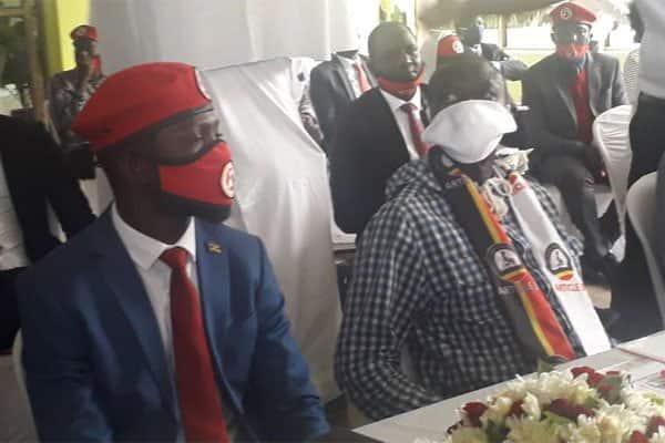 Bobi Wine, Besigye waafikiana kushirikiana kumwangusha Museveni 2021