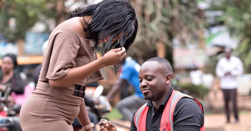 Ugandan Man Blocks Traffic on Busy Highway to Propose to Girlfriend