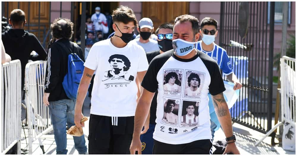 Diego Maradona's coffin arrives at Argentina president's mansion for interment