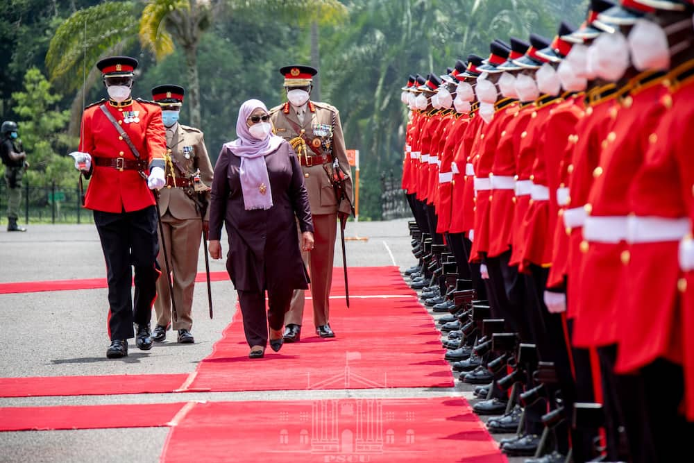 X Pictures of Samia Suluhu's Stylish Outfits That Proves She's a Fashionable President